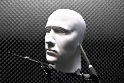 binaural_recording.jpg