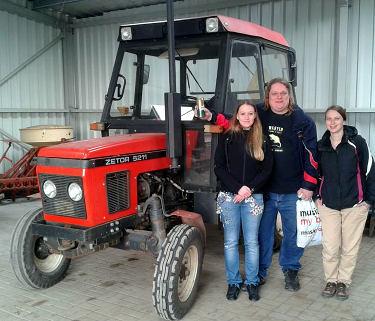user:traktor.jpg