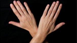 52830696_hands.jpg